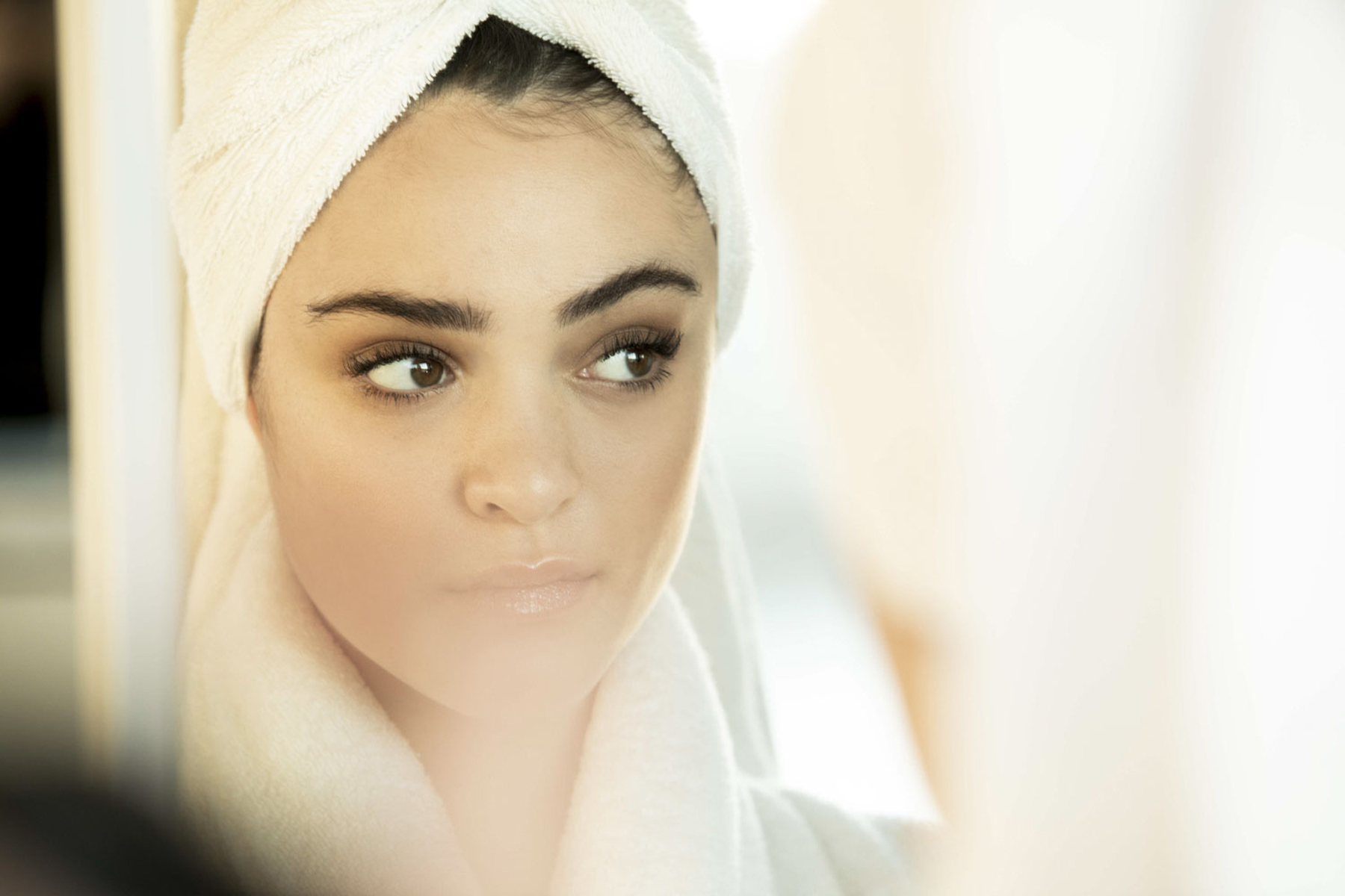 FINAL_RT_190121_Drucker_LunaBlaise_NYC_Beauty_Towel_Look6_267